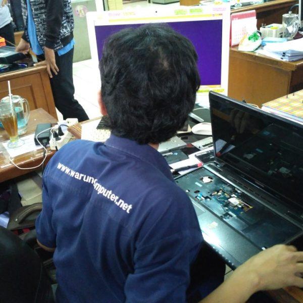 Jasa Service Laptop Bergaransi
